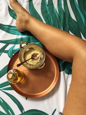 Massage Udvartana par Manon Incerti